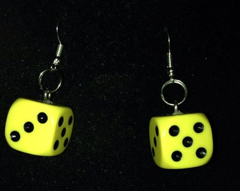 Pair of Chunky Yellow 6-Sided Dice Dangle Earrings for Pierced Ears, Geek Chic, Gamer Earrings