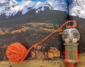 Autumn who's autonomous: Spool Knitter, Knitting Nancy
