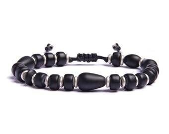 Black bracelet for Men - Geometric bracelet - One size fits all adjustable beaded bracelet for him - Men's Accessories - Gift for Dad
