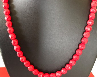 Vintage Small Bright Red Faceted Glass Bead Necklace