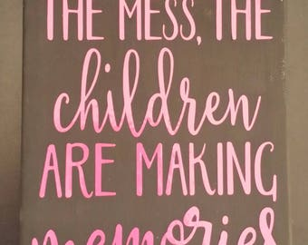 Making Memories sign, Grandparents, girl, baby, sign, canvas, mom, love, adults, vinyl, painted, family, baby shower, toddler, kid
