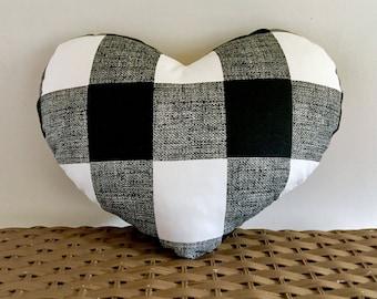 Heart pillow buffalo plaid black and white, 12x 14 checked heart pillow, heart cushion, Valentine pillow, Valentine cushion