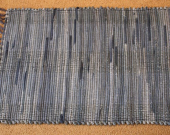 Handwoven Rag Rug - Mixed Faded DENIM blue jeans - 38 inches....(#157)