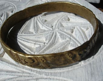 Moroccan hand engraved  tarnished thick brass  bracelet bangle