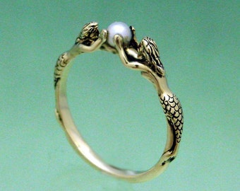 Two Mermaids Ring with Pearl in 14k Gold Size 3 to 9