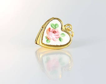 Guilloche Heart Locket, Miniature HFB gold filled Pink cabbage Rose 1950s jewelry
