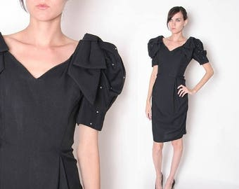 ON SALE Vintage 80s Black Cocktail Dress // Party Dress // Knee Length dress // Puffy Sleeves // Oversized Bow // M L