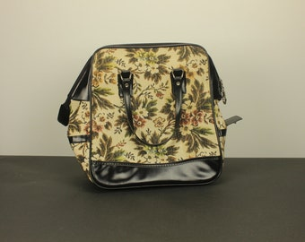 Vintage WEEKENDER Overnight Duffel Carry On Toiletry Cosmetic Bag Tote Tapestry Floral Flowers