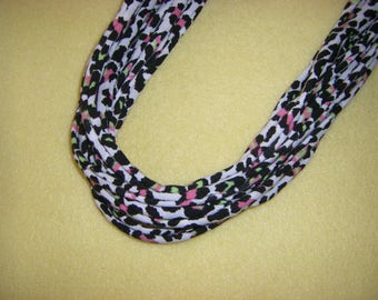 Recycled T-shirt Fabric Necklace - black white and neon leopard print, upcycled tshirt necklace tarn tshirt yarn