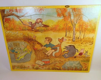 WALT DISNEY PRODUCTIONS Winnie the Pooh Tray Puzzle - Vintage Jaymar Specialty Co New York - Made in U.S.A.