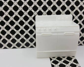 Superior  Stove  Oven   White Hard  Plastic Toy Dollhouse Traditional Style