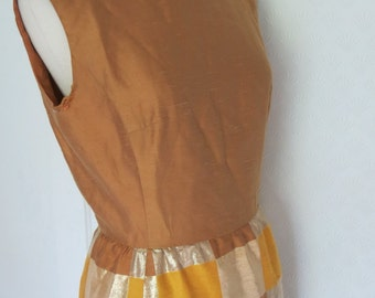 60s dress in silk and gold-Lamé