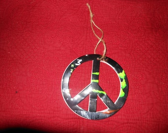 Venom Energy Drink Peace Sign Ornament, Recycled Venom Drink can, Hippie Peace sign Ornament, Peace sign Gift Topper, Man Cave Peace Sign