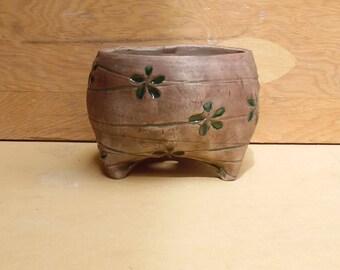 Mossy Green & Blue Daisy Ceramic Planter (Small), Succulent Planter, Cactus Planter, Herb Pot, Flower Pot, Ready to Ship