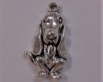 25mm Silver Toned Dog Charms, 5CT. Y11
