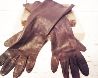 1930's driving long gloves kid leather vintage antique motorcycling lady woman