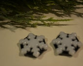 Snowflake Fused Glass Magnet Set