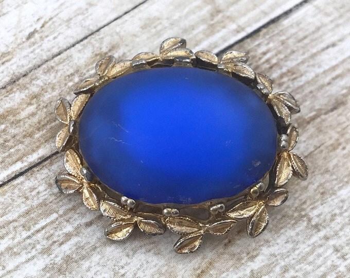 SPRING (SALE 50%) Blue Cabochon Brooch, Vintage Glowy Purple Blue Satin Cabochon Brooch. Vibrant Blue Purple Brooch, Purple Glass Rhinestone
