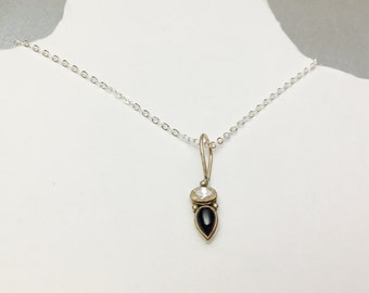 Delicate Clear CZ Pendant, Black Stone, set in Sterling Silver, Stamped, Vintage Jewelry SALE, Item No. S376