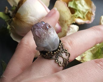 Amethyst Druzy Ring, Adjustable Ring, Raw Amethyst Ring, Finger Cuff, Wicca Healing Crystal Ring, Meditation Ring, Protectiv Amethyst Amulet