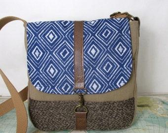 El Paso // Crossbody messenger bag // Adjustable strap //Vegan purse // Travel purse // Southwestern // Tribal // Blue /Tan // Ready to ship