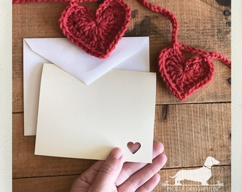 CLEARANCE! Mini Heart. Ivory Note Cards (Set of 4) -- (Valentine Card, Vintage-Style, Baby Shower, Simple, Thank You Card, Bridal Shower)