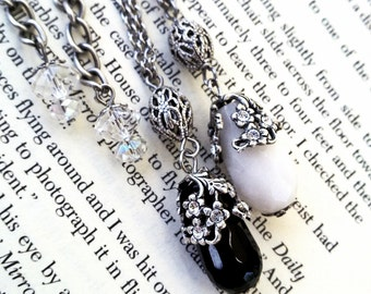 Victorian Pendant / Gothic Black Pendant / Drop Pendant Necklace / Swarovski Pendant / Black Onyx Pendant / Victorian Jewelry Gothic Jewelry