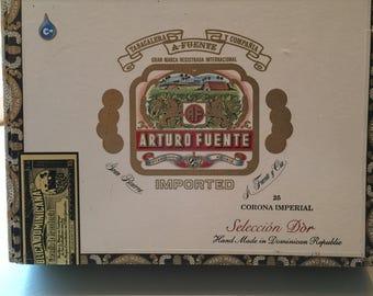 Vintage Arturo Fuento Wood Lined Cigar Box