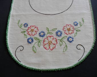 """Vintage Dresser Scarf, 14"""" X 35"""" hand embroidered with hand crocheted lace edging flowers green shabby chic"""