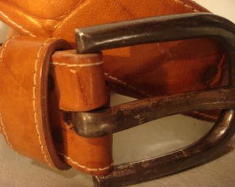 Vintage 1990s Boho Honey Tan Distressed Leather Metal Buckle Belt