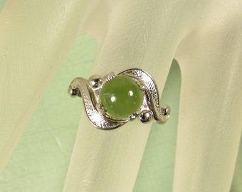 Nephrite Jade Sterling Ring - Vintage Round Ball Gemstone Silver Size 5