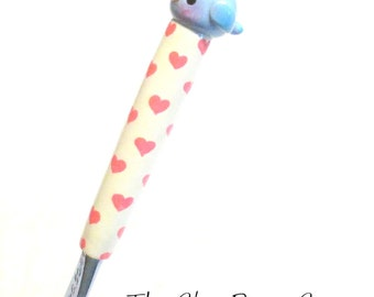 Valentine Blue Bird Crochet Hook NEW Boye size K