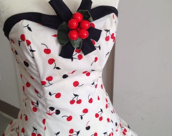 80s does 50s Victor Costa cherry flamenco dress small