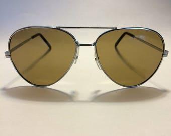 Vintage aviator sunglasses excellent condition