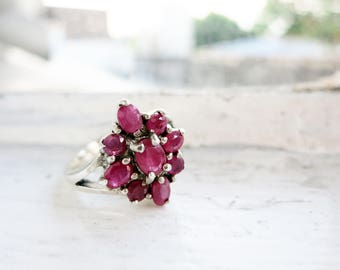 Vintage Silver Ring with Dark Pink Stones (US Ring Size 6.5)