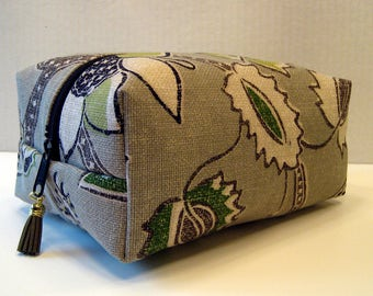 Floral Print Boxy bag,Cosmetic Bag, Boxy Pouch, Travel Bag, Bag Organizer, Toiletry Storage Bag, Zipper Pouch, Boxy Pouch