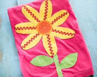 Sunflower applique shirt - daisy tshirt- bright colorful big applique top - summer girls shirt - rick rack shirt - yellow flower sunshine