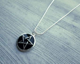 Classic Wiccan Necklace, Pagan jewelry, Pagan Necklace, Wiccan Jewelry, Black enamel pentacle necklace, pentagram necklace, witchcraft, wicc
