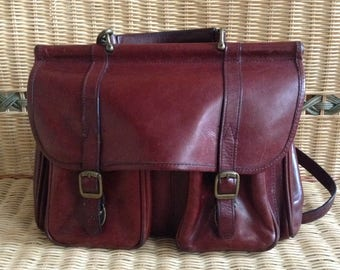 WILSONS LEATHER Shoulder Bag Rust Brown Oiled Leather Station Style Vintage Crossbody