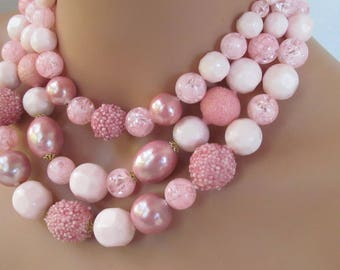 retro 3 strand iridescent pink pearl textured beaded  necklace 17""