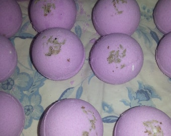 Lavender essential oil bath bomb, purple, small bath bomb with lavender, gift, wedding, Christmas, birthday, spa relaxation gift, bubbling