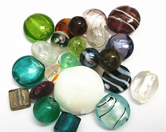 Amazing Deal-25 pieces mix sizes and patterned lampwork glass beads