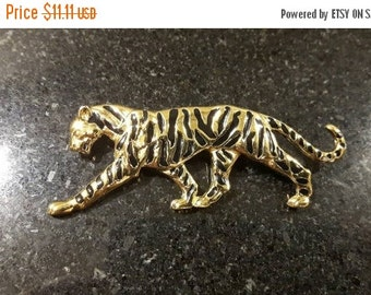 FALL SALE Lovely Big Cat Tiger Brooch Animal jewellery jewelry