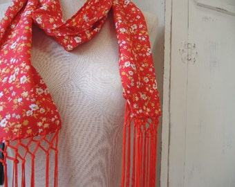 Vintage 1970s polyester scarf long fringe red floral 6 x 54 inches