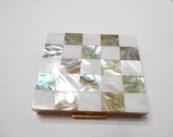 Vintage Brass & Mother Of Pearl Checkerboard Powder Compact (8284) Unsigned