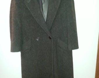 Beautiful Vintage JG Hook 100% wool long coat brown soft petite sz.14