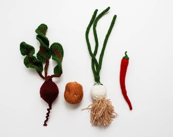 Mini vegetables toy set - pretend play mini food Waldorf educational beetroot, chili, potato and onion - small vegetables food play kitchen