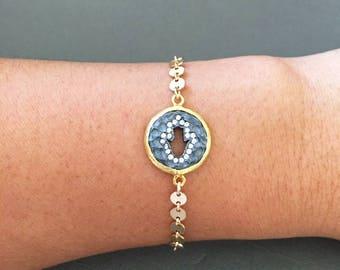 Hamsa Hand with white topaz charm bracelet, Hand of Fatima charm bracelet, Gold filled disc chain, Sparkling bracelet, boho chic, must haves