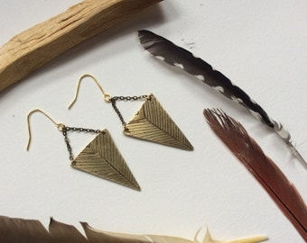 Palo santo / etched brass triangle mountain chevron dangle earrings