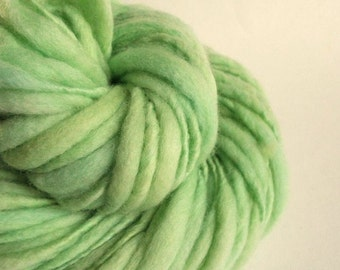 Thick and Thin knitting yarn, chunky merino knitting wool, pale turquoise, mint, pastel, big knitting wool, handspun yarn